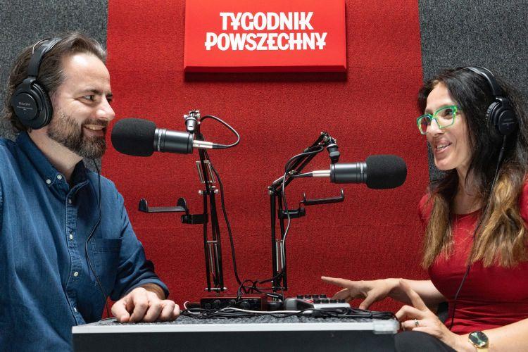 Michał Kuźmiński i Katarzyna Kubisiowska w studiu Podkastu Powszechnego. Fot. Grażyna Makara